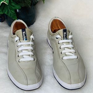 Keds for women tan leather navy blue detail Sz. 10